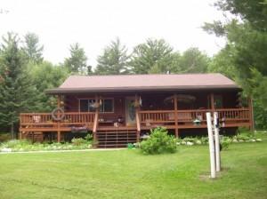 Chery Schmidt's Log Home